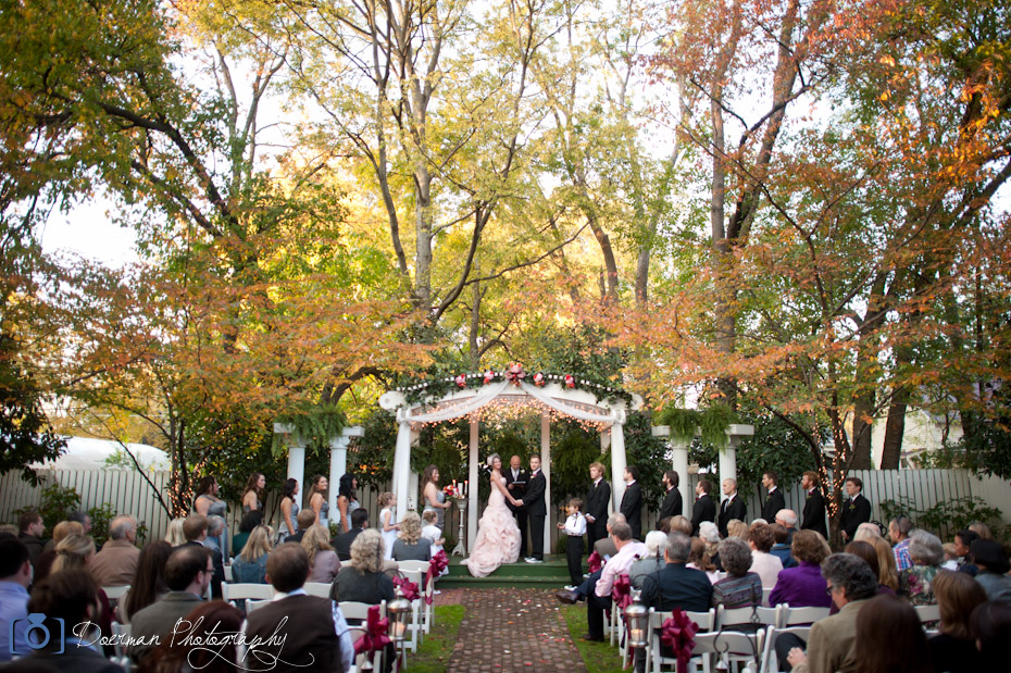 Wendy and Jeremy\'s wedding at Carriage Lane Inn Murfreesboro ...