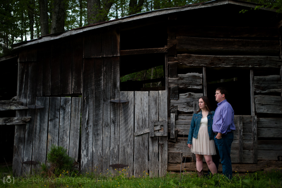engagement photo barn