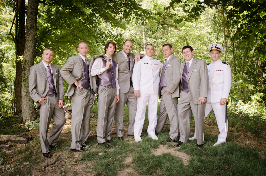 groomsmen-outdoors