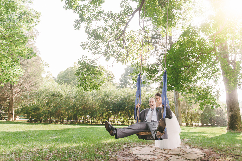 Bride and groom on swing - Cedarwood Nashville