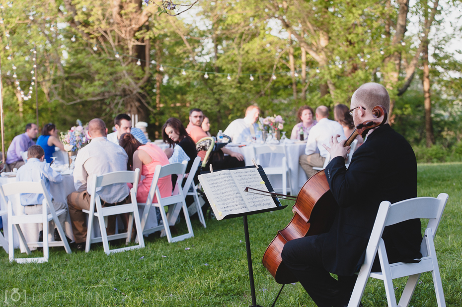 music-entertainment-at-wedding